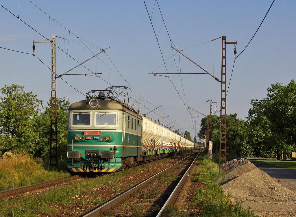 Lokomotiva 122 001-1, Pn 1.nsl.51992 = odklon Pn 62560  (Blažovice – Brno – Havlíčkův Brod – Kolín – Nymburk – Praha – Beroun), Velké Zboží, 14.8.2008 18:13 - Trainweb