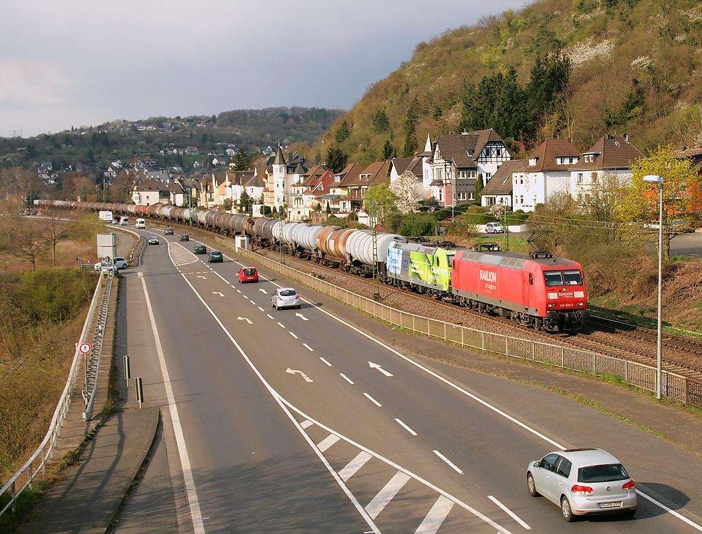 Lokomotiva 145 015-4 + 185 152, nákladní vlak, Linz (Rhein) – Leubsdor f(Rhein), 26.3.2014 15:47 - Trainweb