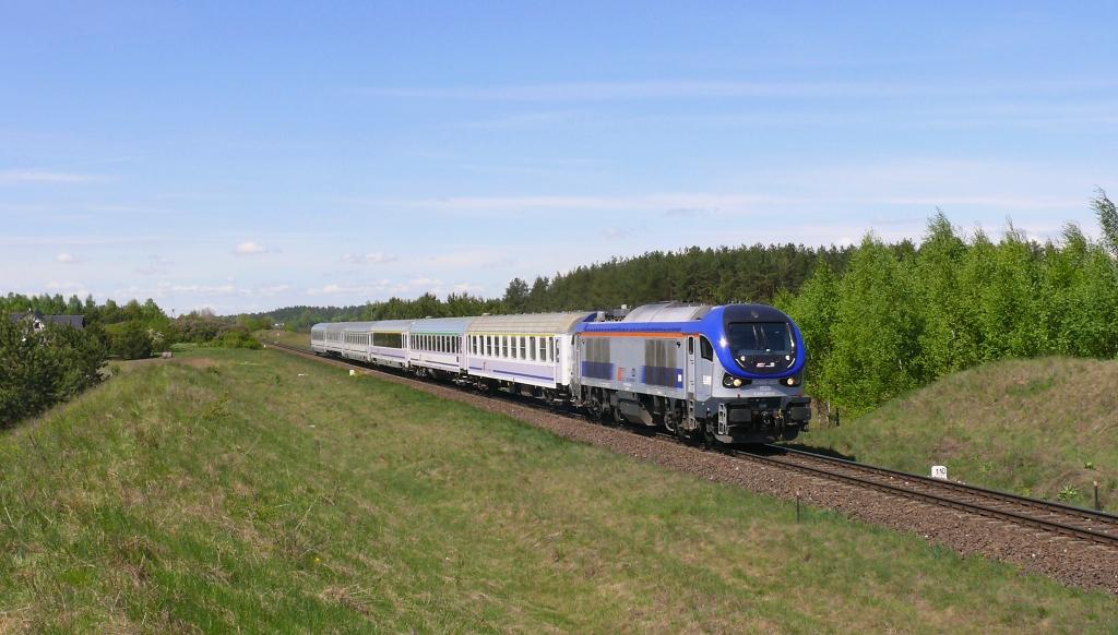 Lokomotiva SU160-005, TLK 53106 BRANICKI (Gdynia Główna – Kraków), Woszczele – Ełk, 6.5.2019 12:40 - Trainweb