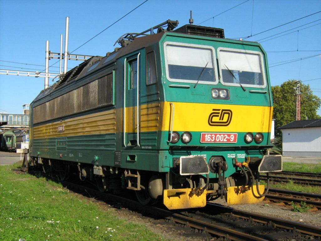 Lokomotiva 163 002-9, Ostrava hl.n., 29.9.2007 16:06 - Trainweb