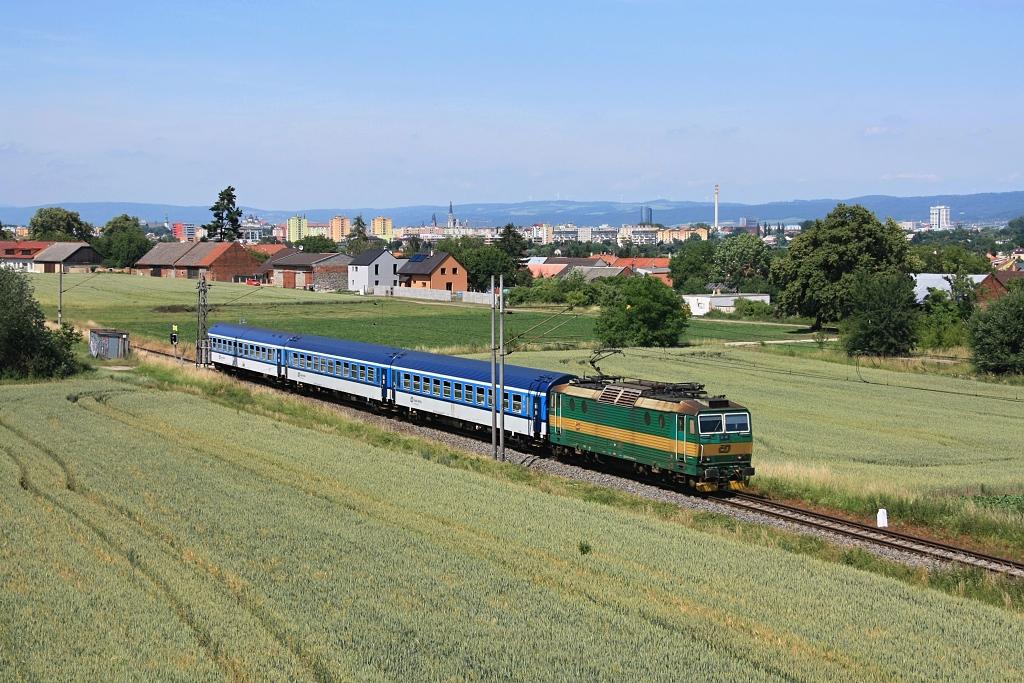 Lokomotiva 163 092-0, Os 3727 (Kouty nad Desnou – Šumperk – Zábřeh na Moravě – Olomouc – Prostějov – Nezamyslice), Nemilany – Kožušany, 20.6.2017 14:40 - Trainweb