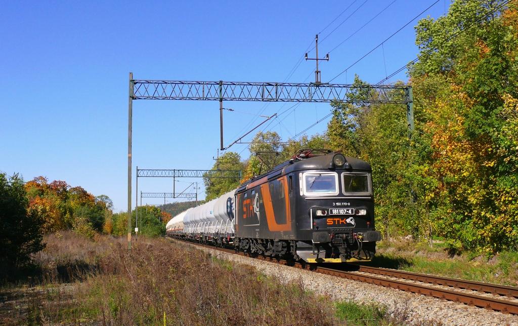Lokomotiva 181 107-4, nákladní vlak z Inowrocławi do Řetenic, Krosnowice Kłodzkie, 12.10.2019 13:31 - Trainweb