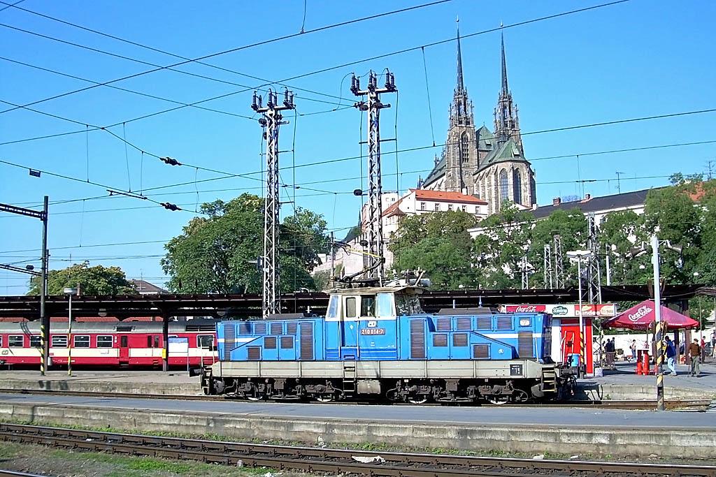 Lokomotiva 210 014-7, posun, Brno hl.n., 26.9.2006 11:01 - Trainweb