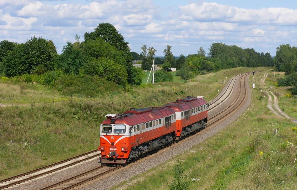 Lokomotiva 2M62M-1198, Lv z Vilniusu do Keny, Karklenai, 22.8.2019 15:38 - Trainweb