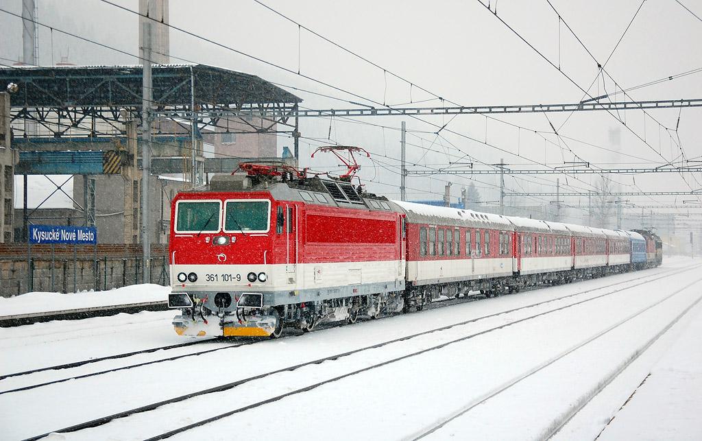 Lokomotiva 361 101-9, zkušební jízda, Kysucké Nové Mesto, 7.2.2013 13:29 - Trainweb