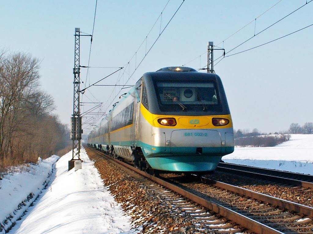 "Jednotka 681 002-2, SC 505 ""SC Pendolino""  (Praha – Pardubice – Olomouc – Ostrava), Sedlišťka, 7.1.2006 11:06 - Trainweb"