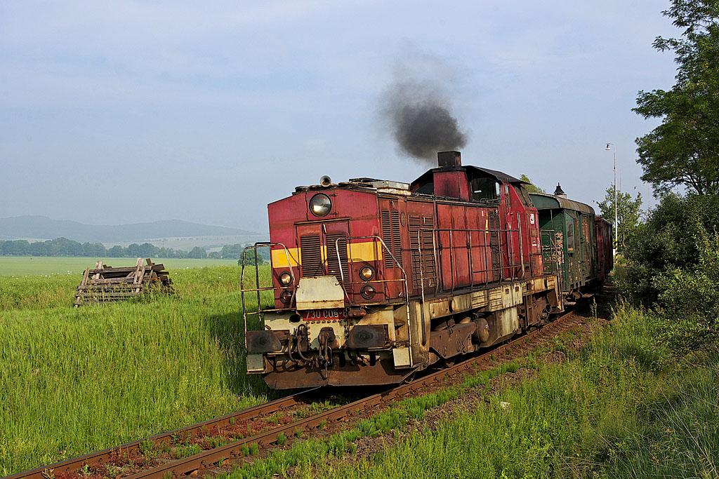 Lokomotiva 730 005-6, Mn 82331 Velké Opatovice - Skalice nad Svitavou, Šebetov, 6.6.2007 7:49 - Trainweb