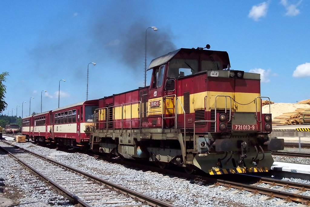 Lokomotiva 731 013-9, Os5306, Ždírec nad Doubravou, 20.6.2006 12:53 - Trainweb