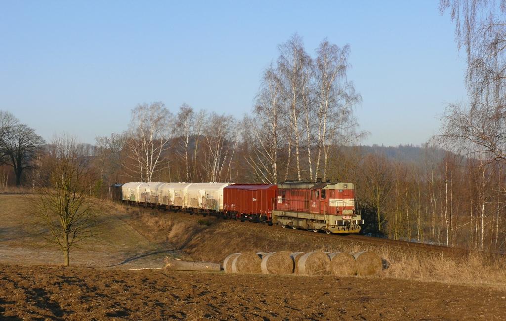 Lokomotiva 742 202-5, Mn 83474 (Týniště nad Orlicí – Náchod – Meziměstí – Broumov), Bohdašín – Březová u Broumova, 28.2.2019 7:50 - Trainweb
