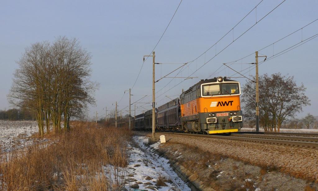 Lokomotiva 753 712-9, Pn 52533  (Děčín – Lovosice – Praha – Česká Třebová – Brno – Břeclav – Kúty – Trnava ), Zámrsk – Dobříkov u Chocně, 7.2.2019 8:11 - Trainweb