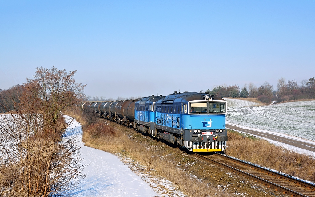 Lokomotiva 753 778-0 + 753 779-8, Čachovice – Všejany, 22.1.2016 12:21 - Trainweb