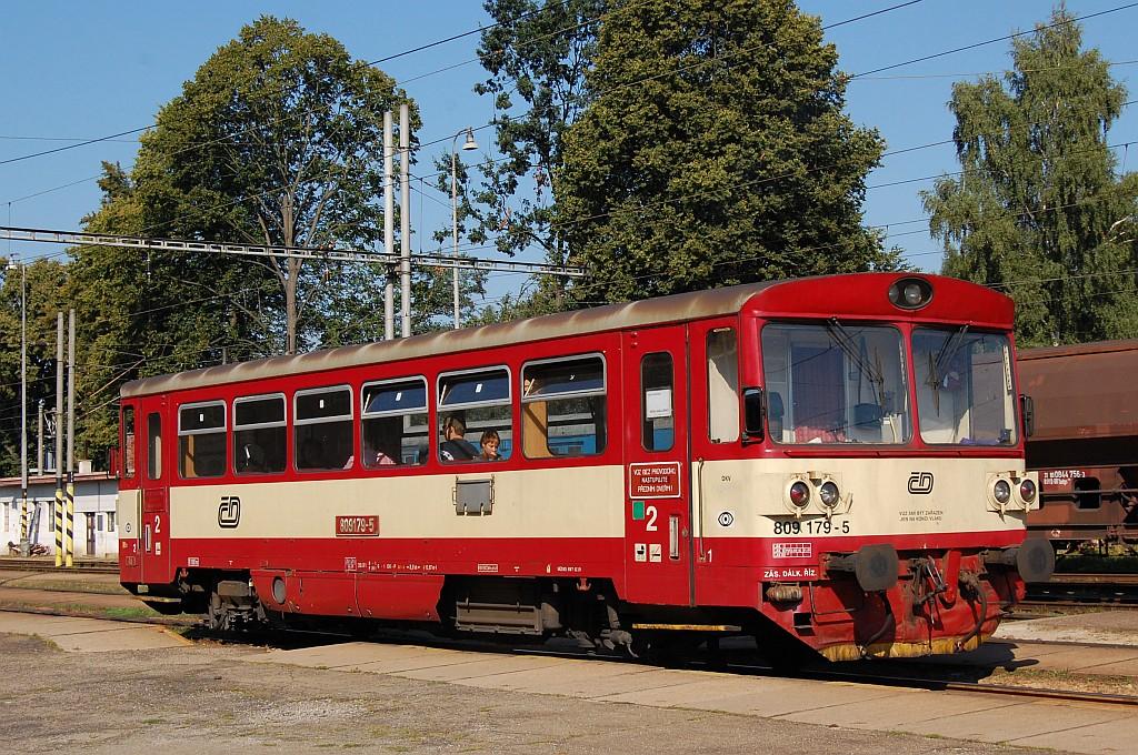 Motorový vůz 809 179-5, Os 8307  (Horní Cerekev – Veselí nad Lužnící), Jindřichův Hradec, 27.8.2008 10:02 - Trainweb