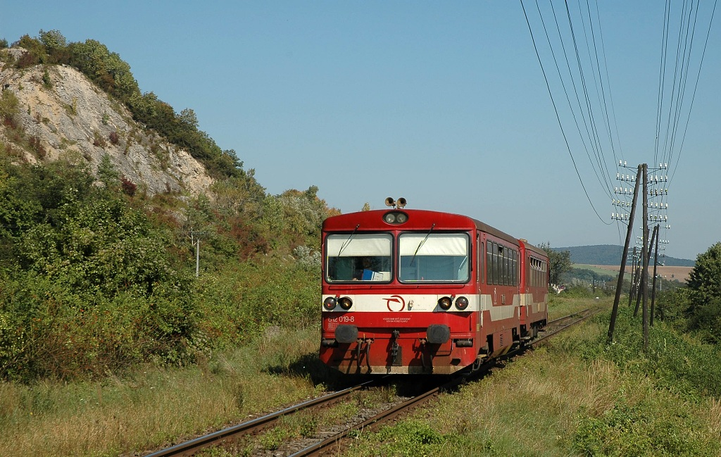 Motorový vůz 812 019-8, Os 9108  (Humenné – Prešov), Strážske, 10.9.2008 11:50 - Trainweb