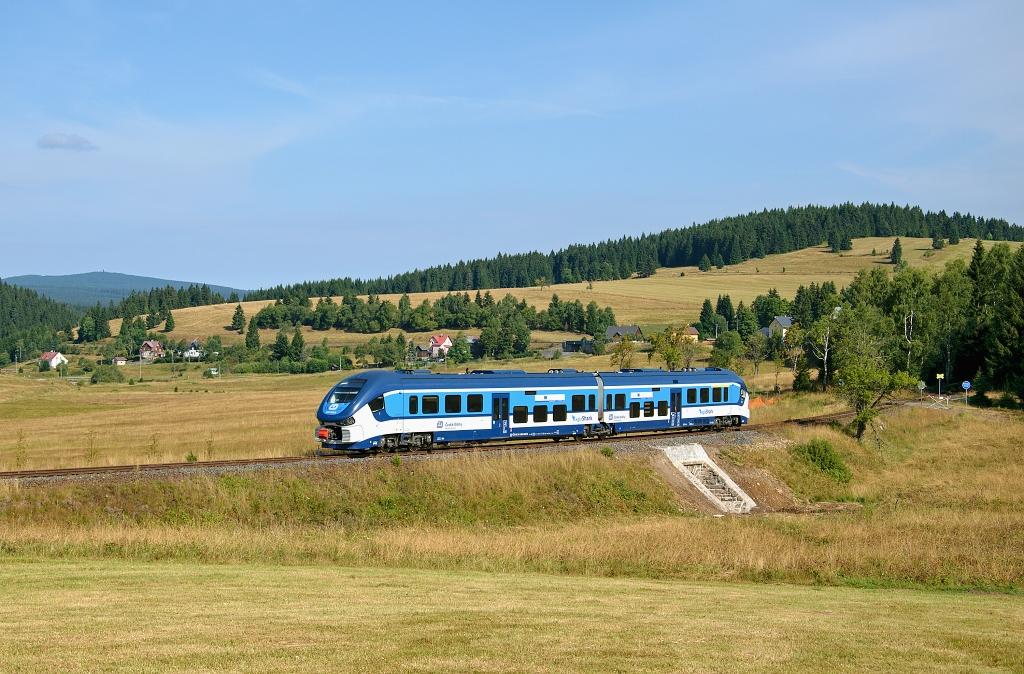 Motorový vůz 844 023-2, os 17107 Johanngeorgenstadt - Nejdek - Karlovy Vary, Horní Blatná, 29.7.2018 9:43 - Trainweb