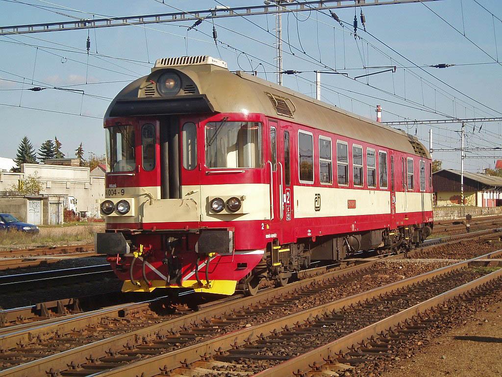 Motorový vůz 854 004-9, Lysá nad Labem, 25.10.2006 14:24 - Trainweb