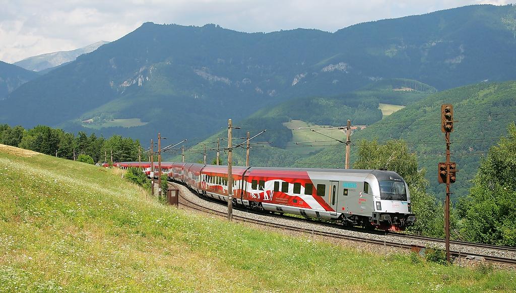 Lokomotiva 80-90 749, RJ 559  (Wien-Meidling – Graz), Küb – Eichberg am Semmering, 26.7.2013 12:55 - Trainweb