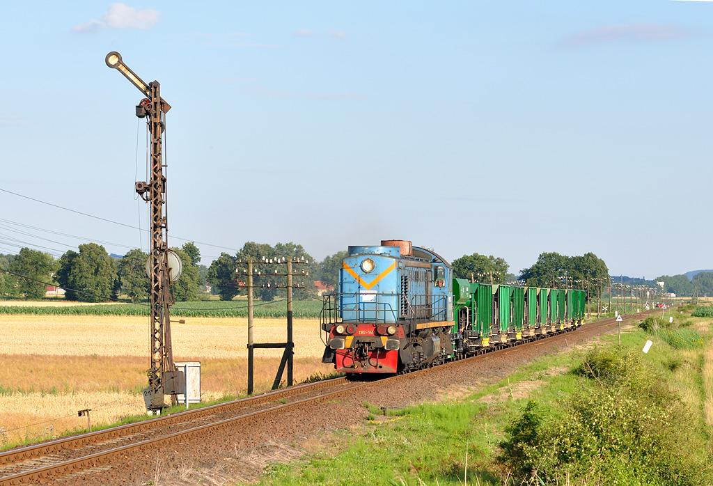 Lokomotiva T3M2-5455, nákladní vlak, Mościsko Dzierżoniowskie, 15.7.2011 18:41 - Trainweb