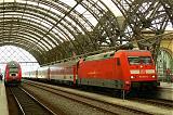 Lokomotiva 101 078-4, EC 370  (Wien – Praha – Berlin – Åarhus), Dresden Hbf., 4.8.2007 12:53 - Trainweb