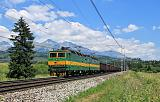 Lokomotiva 131 018-4 + 131 017-6, nákladní vlak, Štrba – Važec, 4.7.2015 13:12 - Trainweb