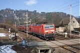 Lokomotiva 143 033-9, S 7035  (Meissen – Radebeul Ost – Dresden – Pirna – Bad Schandau – Schöna), Kurort Rathen, 25.2.2010 11:39 - Trainweb