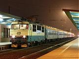 "Lokomotiva 150 005-7, R 626 ""Emil Zátopek""  (Vsetín – Olomouc – Praha), Pardubice hl.n., 5.2.2009 17:52 - Trainweb"