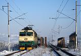 """Lokomotiva 151 012-2, Ex 141 """"Beskyd""""  (Praha – Pardubice – Olomouc – Ostrava – Bohumín – Český Těšín – Čadca – Žilina), Svrčinovec zastávka – Čadca, 30.1.2011 9:38 - Trainweb"""