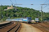 """Lokomotiva 193 294-6 + 362 060-6, Rx 614 """"Ohře""""  (Praha – Ústí nad Labem – Most – Comutov – Karlovy Vary – Cheb), Ústí nad Labem hl.n., 22.5.2018 8:43 - Trainweb"""