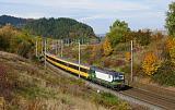 Lokomotiva 193 743-2, RJ 1043 Regiojet (Praha – Brno – Bratislava), Dlouhá Třebová – odbočka Parník, 17.10.2019 12:58 - Trainweb